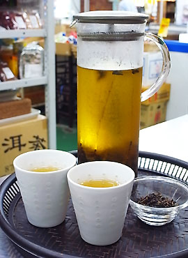 100824oolong-tea.jpg